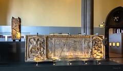 Detail Lit Up (Jocey K) Tags: tripukeroupe2019 june uk scotland display thehunterianmuseum romesfinalfrontier universityofglasgow detail carvings interior muesum