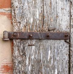 DETALL D'UNA PORTA (Joan Biarnés) Tags: fontcoberta pladelestany porta puerta 360 panasonicfz1000