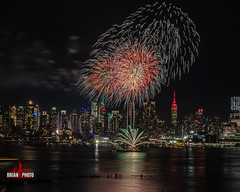2020 Chinese Lunar New Years Fireworks (22 of 43) (bkrieger02) Tags: fireworks fireworksphotography nightphotography longexposure chinesenewyear happynewyear lunarnewyear yearoftherat rat hudsonriver nyc newyorkcity manhattan skyline esb empirestatebuilding hamiltonpark weehawken nj newjersey grucci gruccifireworks teamcanon canonusa shotoncanon 7dmkii sigma sigmaphoto sigmaart artlens 24105 colors colorful reflection red