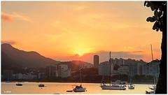Sunset = Urca (o.dirce) Tags: urca sunset riodejaneiro embarcações sol morros prédios dirce odirce
