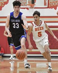 DSC_8120 (K.M. Klemencic) Tags: hudson high school boys basketball explorers brecksville bees ohio ohsaa suburban league