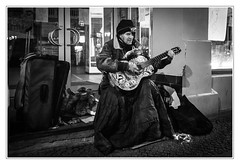 Hot music on cold days (sdc_foto) Tags: sdcfoto street streetphotography bw blackandwhite leica q2 winter guitar music oldman night homeless germany hallesaale people
