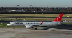 - welcome - (norbert.karow) Tags: motive airline airport düsseldorf