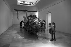 Rovesciato come un calzino Il volo opera di Roman Stanczack (Enrico Piolo) Tags: volo opera roman stanczack venezia biennale bianco nero spalle aereo stanza pareti