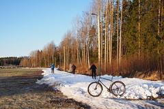 2020 Bike 180: Day 9, January 25 (olmofin) Tags: 2020bike180 finland snow paloheinä ski track helsinki bicycle polkupyörä hiiihtäjä lumi lumix 20mm f17