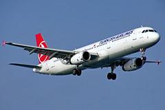 TC-JRK   A321-231  Turkish Estambul Atatürk 22-10-16 (Antonio Doblado) Tags: 321 a321 airplane aircraft aviation airbus turkish airliner estambul atatürk aviacion tcjrk