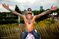 © CyberFactory - TomorrowLand Belgium - 0683 (CyberFactory) Tags: armtattoo armpit armsup barechest beard boys chesttattoo face flankstattoo glasses guys handsup inked males man men openair outdoor outfit partyboys portrait shirtoff shirtless solo sunglasses tattoo tattooed
