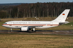 10+22 (PlanePixNase) Tags: aircraft airport planespotting haj eddv hannover langenhagen plane airbus 310 a310 germanairforce luftwaffe