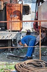 Cuba_Havanna_railwayrepair (Joachim Spenrath Münster, Germany) Tags: rust cuba havanna railwayrepair viva worker laborsuit wire loco train railway caribbean