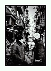 Napoli - 2019 (davide978) Tags: 8w9a4600modifica2 napoli naples blackandwhite monocrome davide978 davidecolli davidecolliphotography people street streetphotography strada frame italy italia europe bokeh sfocato sfuocato manfrotto canon ef 50mm f14 usm canonef50mmf14usm 5d mark iii canon5dmarkiii