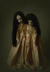 siamese walk (dolls of milena) Tags: bjd resin doll siamese twins sisters riz planetdoll portrait dark retro vintage abjd