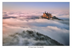 Schwäbisches- Alb-Glück (SonjaS.) Tags: schwäbischealb nebelmeer wolken clouds burg schloss castle canoneos6dmarkii