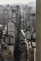 Parabéns SP (BIANO SKATE STYLE.) Tags: sp spdagaroa spfotografia splove splovers spbrasil spcapital saopaulodagaroa saopaulo saopaulocity streetphotography streetfotography streetfotografia streetphotobrasil sombra
