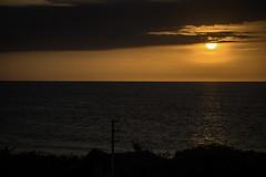 Sunset en Vichayito (David Baggins) Tags: vichayito máncora piura perú southamerica sunset cielo atardecer sol sky pacific océanopacífico océano ocean playa beach mar nikond7200 nikor
