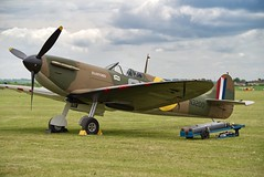 Vickers Supermarine Spitfire Mk 1a (Nigel Musgrove-3 million views-thank you!) Tags: vickers supermarine spitfire mk 1a duxford ar festival iwm sunday 26 may 2019 ww2 wwii fighter british n3200 19squadron