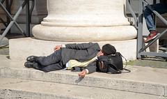 Nonno sleeping with his smoke.  Only thing missing is the wine, which is probably in his bag.  Waiting for the Pope (Winnipeg Canada) Tags: sleeping oldman oldmansleeping olditalianman smoking vatican