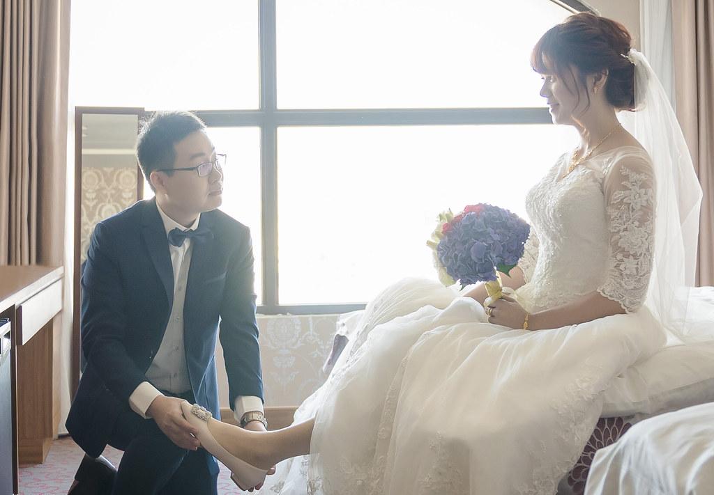 婚攝,婚禮紀錄,婚禮攝影,台中,豐原,五都飯店,宜豐園,動人拜別,史東,鯊魚團隊