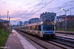 135800 Maison-Lafitte - Paris St-Lazare (bb_17002) Tags: railway train idf paris locomotive automotrice landscapes ville city transport soleil ciel sncf transilien cergy z6400