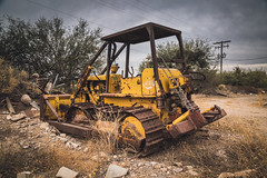 Abandoned Dozer (Brad Prudhon) Tags: 2019 bulldozer november old rusty tracktypetractor dozer tracksblade tractor unlimitedphotos arizona thatcher