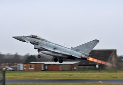 ZK307 (np1991) Tags: royal air force coningsby cby lincolnshire england united kingdom uk nikon digital slr dslr d7200 camera nikor 70200mm vibration reduction vr f28 lens eurofighter typhoon fgr4 aviation planes aircraft