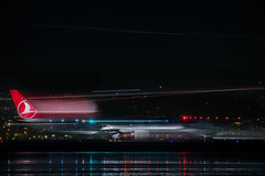 turkish airlines flight tk 80 departing for istanbul taxis to the active runway (pbo31) Tags: bayarea california nikon d810 night january 2020 boury pbo31 winter dark color black sanfranciscointernational sfo plane travel airport aviation flight sanmateocounty airline turkish boeing 777 blur motion lightstream departure runway red burlingame