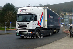 6H4 2811, Scania, PJPT, P1320172 (LesD's pics) Tags: truck lorry 6h42811 scania pjpt