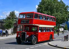 DSC_4838w (Sou'wester) Tags: bus buses publictransport psv reading rally runningday preserved preservation vintage veteran historic busstation station