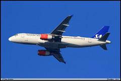 AIRBUS A320 232 SAS Scandinavian OY-KAO 2990 Frankfurt décembre 2019 (paulschaller67) Tags: airbus a320 232 sas scandinavian oykao 2990 frankfurt décembre 2019
