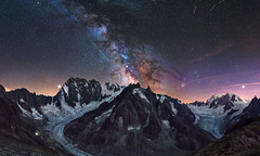 The greatest show (Perez Alonso Photography) Tags: france frenchalps montblanc montañas mountains snow ice milkyway night nightscape landscape perseids perseidas climbing climbers chamonix