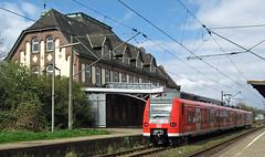 425 in Brake (Schwanzus_Longus) Tags: brage german germany modern railroad railway db deutsche bahn emu electric multiple unit commuter train baureihe br class 425 br425