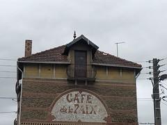 café de la paix en ville© (alexandrarougeron) Tags: photo alexandra rougeron ville urbain paysage
