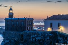 EL FARO Y SUS VIGIAS (josmanmelilla) Tags: melilla españa mar agua amaneceres cielo mediterraneo