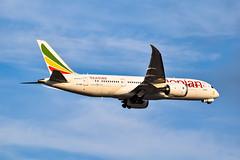 Ethiopian 787 800 (SSladic Photography) Tags: etaou aviation iah ethiopianairlines georgebushintercontinentalairport airplanes dreamliner boeing 787