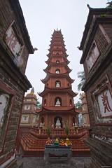 IMGP4740 Buddhist Temple (Claudio e Lucia Images around the world) Tags: tranquocpagoda hanoi vietnam tran quoc pagoda lake buddha buddhist temple asia religion monk incense pentax pentaxart pentaxk3ii pentaxcamera sigma sigma1020 sigmaart sigmalens