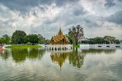Lake in Bang Pa-In royal palace near Ayutthaya, Thailand (UweBKK (α 77 on )) Tags: ayutthaya thailand southeast asia sony alpha 77 slt dslr lake water reflection sky cloud bangpain bang pain royal palace museum building tree bush garden park