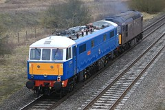 86259 33207 Catholme 090318 J Neave (John Neave) Tags: electric railway locomotive class86