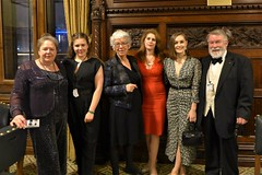 A (mostly) glamorous line-up: Beverley & Francesca Shannon, Heather Owen, Marianne Fredericks & her daughter Annie Kingsnorth, and Roger Johnson (photo courtesy of Roger Johnson)