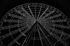 Superstructure (Errol_S) Tags: coldday contrast glow blackandwhite unionststion saintlouis missouri usa bnw ferriswheel stl leicam10m 28mmsummicronmasph