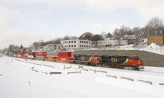 CN 120 (Michael Berry Railfan) Tags: cn canadiannational train cn120 intermodaltrain intermodal stacktrain doublestacks montrealsub montreal winter snow ge generalelectric gevo es44ac es44dc cn2904 cn2267