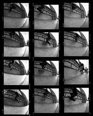 No Comply Fs Wallride (RafaelGonzalez.) Tags: gabrielengelke skateboarding hasselblad 120film mediumformat blackandwhitefilm ilfordhp5plus barcelona 6x6 rafaelgonzalez