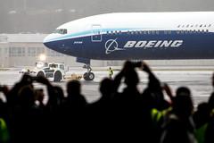 2020_01_25 Boeing 777X First Flight-35 (photoJDL) Tags: 777 7779x 777x 777xfirstflight bfi boeing boeing777 boeing7779x boeing777x boeingfield jdlmultimedia jeremydwyerlindgren kbfi n779xw aircraft airline airplane airport aviation