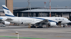 El Al B772, 4X-ECD, TLV (LLBG Spotter) Tags: elal aircraft tlv b777 airline 4xecd llbg