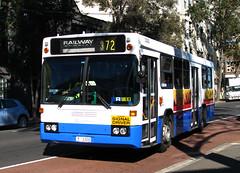 Bus 3300, Surry Hills, Sydney, NSW. (dunedoo) Tags: sydneybuses surryhills sydney nsw newsouthwales australia canonsx1101