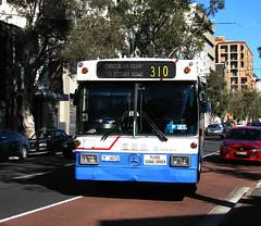 Bus 3072, Surry Hills, Sydney, NSW. (dunedoo) Tags: sydneybuses surryhills sydney nsw newsouthwales australia canonsx1101