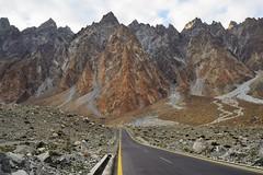 DSC_5332 (2) (theemedia) Tags: hunza gilgit baltistan ataabad lake khunjerab pass china border valley pakistan marvelous tourism