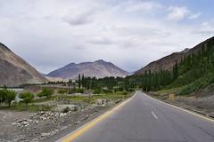 DSC_5128 (theemedia) Tags: hunza gilgit baltistan ataabad lake khunjerab pass china border valley pakistan marvelous tourism