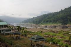 Thai-Myanmar river border (Kfxposure) Tags: thailand myanmar border