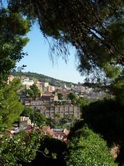 Park Güell's view (afinefranzi) Tags: spain barcelona view outlook prospect holiday parkgüell green nature houses buildings spanien ausblick urlaub natur grün häuser gebäude europe europa