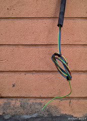 Hanging Wire (Max Zappa) Tags: urban wire electric