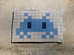 Space Invader - PA 0013 (paul nine-o) Tags: watchingyou watching spaceinvader streetart spaceinvaders invader frenchstreetartist mosaictiles graffiti urbanart france invaderwashere europe holiday trip wellgoodnice architecture hot sunny outdoor invasionofparis îledefrance paris protectthem pa0013